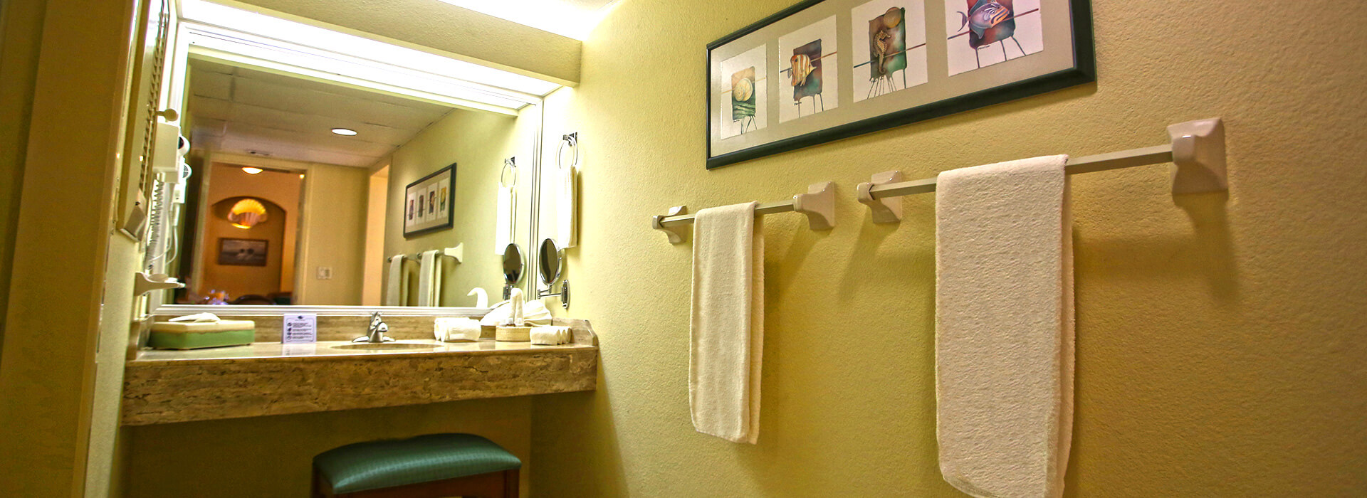 Ocean View Junior Suite featuring full bathroom with Cancun All Inclusive amenities