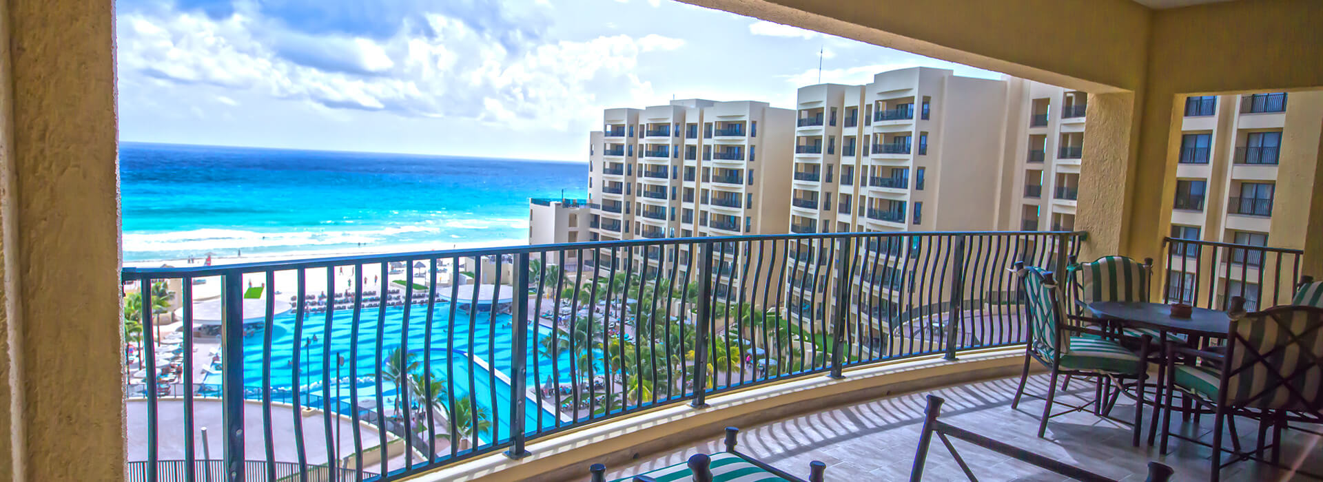 Ocean view villas one bedroom with private balcony in Cancun All Inclusive Resort
