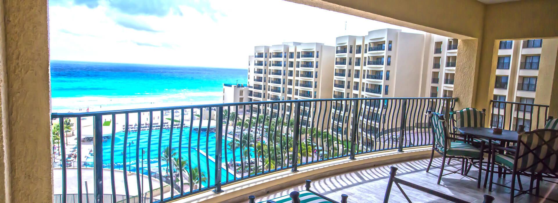 Villas con vista al mar de dos recamaras y balcón privado en el Resort Todo Incluido en Cancun
