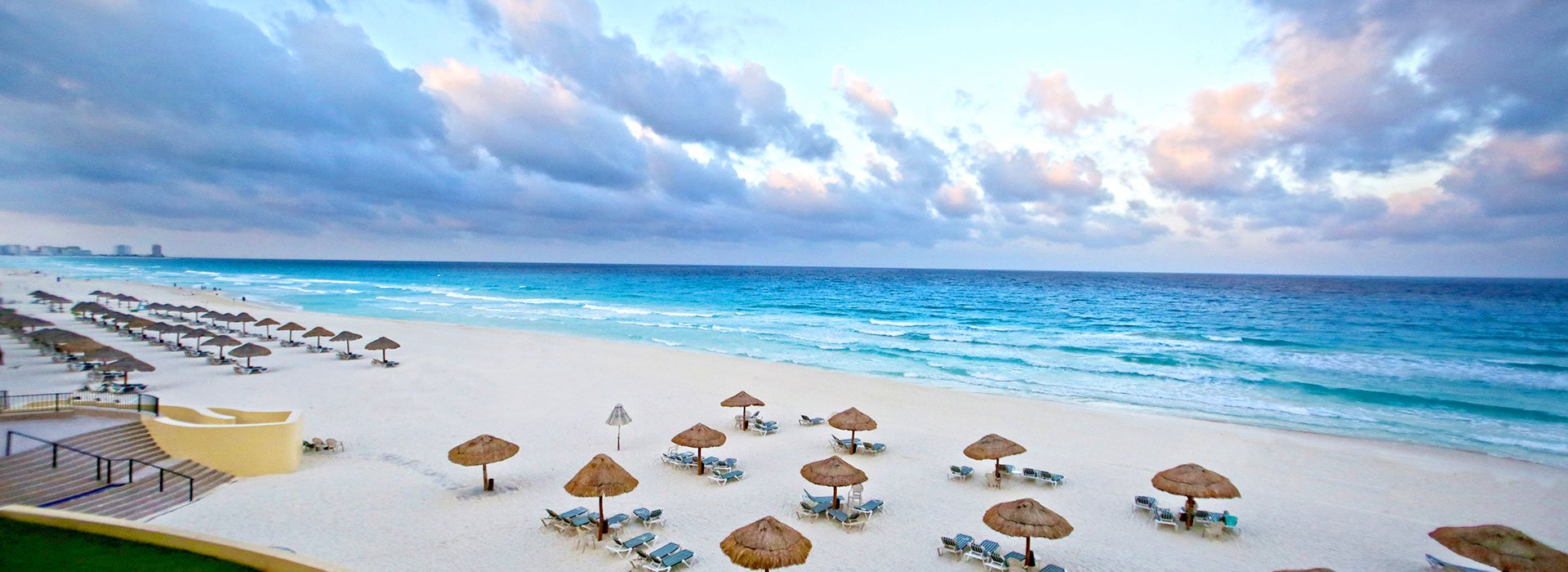 Top beachfront family resort in Cancun offering All Inclusive Plans, top amenities