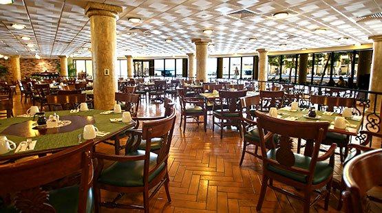 In La Veranda taste al fresco dining