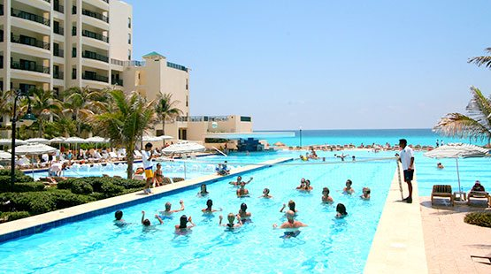 The Royal Sands offers All Inclusive guests a wide array of Cancun fun activities