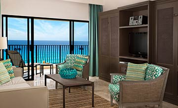 All inclusive beachfront and oceanview family suites in Cancun with ample dining and living areas