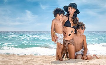 Spend a  family vacation at the beach in our All Inclusive beachfront resort in Cancun